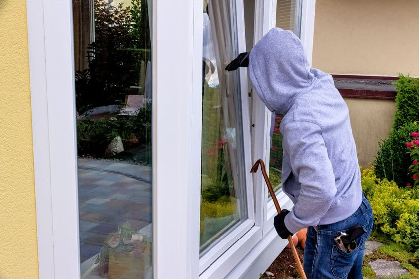 10 Signs Yours House Is Being Targeted By Burglars